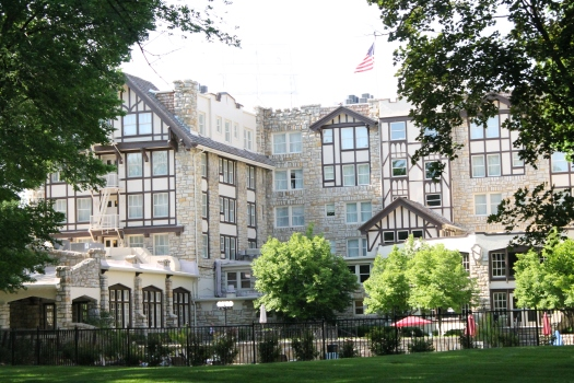 The Lovely Elms Resort and Spa in Excelsior Springs, Missouri